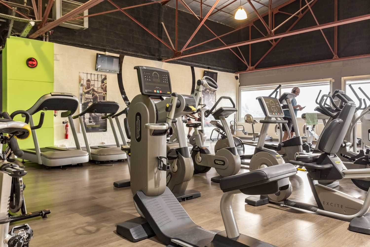 Salle De Fitness Musculation Cours Collectifs Coaching Voiron